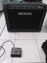 Vendo amplificador de guitarra! meteoro mck 200w amdreas kisser