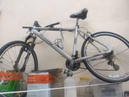 Bicicleta aro 26  24 machas