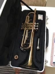 Trompete usado com case