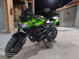 Z750 2012 com 14.000km