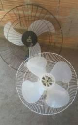 Ventiladores tufão usados... funcionando..um sem o alambrado de frente...