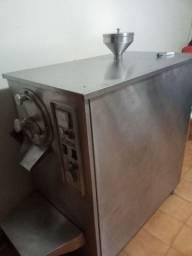 Máquina de sorvete e açaí