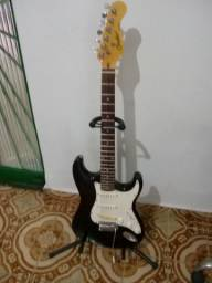 Guitarra StratoCaster Condor - completa.