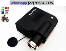 Projetor tipo TV até 80 polegadas, entradas USB e SD