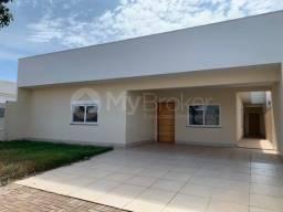 Casa com 3 quartos - Bairro Parque Pioneiros em Sarandi