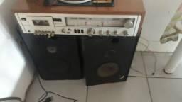 Rádio antigo relíquia