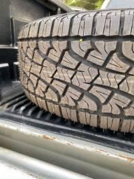 4 pneus pirelli scorpion 255/60-18
