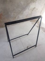 Cavalete de metalom