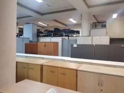 Armário alto para escritório usado