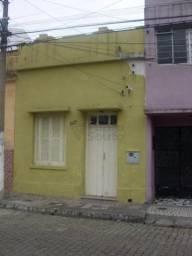 Casa para alugar com 2 dormitórios em Centro, Pelotas cod:8424