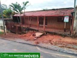 Casa em São Joaquim de Bicas com 03 quartos, Sala, copa, cozinha, porão, lote murado, ...