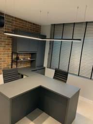 Mobília completa para escritório.