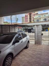 Casa com garagem, sala ampla, 2 4, garagem na Mauriti nº 1431