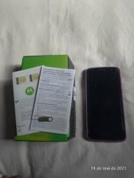 Vendo Celular Motorola Moto G6 - Leia descrição