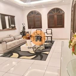 Casa em Condomínio 03 Quartos, Suíte com Closet, Sala Ampla em 02 Ambientes