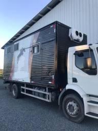 Bau caminhão furgão cavalos