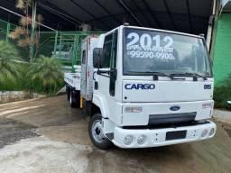 Caminhão Ford Cargo 815 ano 2012 com Munck de 4 toneladas