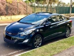 Hyundai Elantra GLS 1.8 16V Automático 2013 - R$47.396