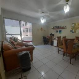 Apartamento com vista do mar na primeira quadra da Mangabeiras