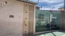 Título do anúncio: Casa Línea com 4 Quartos sendo 1 Suíte Lote com 300 m2