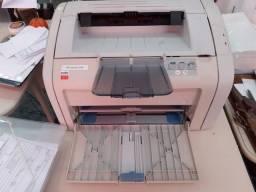 Vendo impressora  HP laser jet 1018 revisada