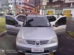 Renault Logan, ar gelando (bancos aveludados)