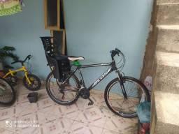 Bicicleta  semi nova aro 26 marca ecos quadro alumínio