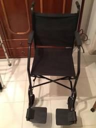 Cadeira de Rodas CFCare recém comprada