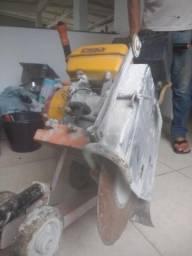 Máquina para cortar asfalto CSM