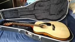 Violão Yamaha e Case Gator