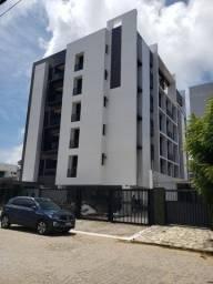 Apt. 2 quartos com elevador e area de lazer na cobertura no Bessa