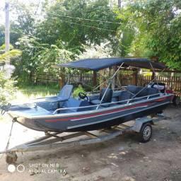 Voadeira - barco - lancha