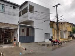 Kitnet em Felipe Camarão 1/4 360,00 incluso água