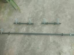 1 Barra maciça de 1,50m + 2 Halteres + 6 presilhas