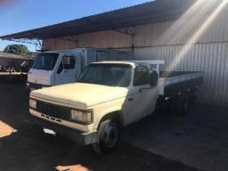 Chevrolet D-40 (aceito trocas) - 1986 - R$ 34.900,00