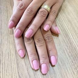 Precisa-se de manicure nail designer