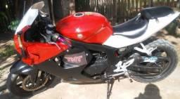 Vendo moto kasinsk comet GTR 250