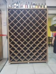 Prateleira de vinho - Adega
