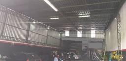Galpão comercial no centro de Extrema - MG