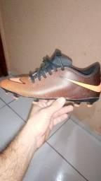 Chuteira Nike novissima