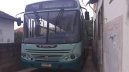 Onibus- 27000,00