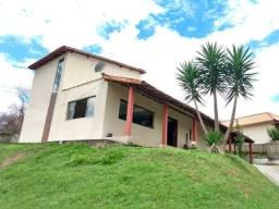 Granja no Condomínio Fazendinhas Valadares - Com casa e piscina