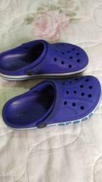 Crocs importado. 33/34