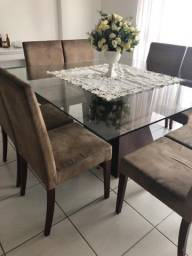 Mesa de jantar 8 lugares com cadeiras
