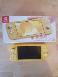 Nintendo switch lite sem uso troco por wii u, xbox one s mais volta