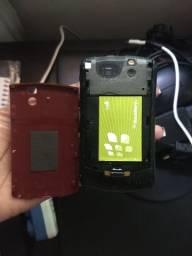 Celular Blackberry vermelho