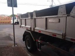 Caçamba para caminhão toco  4 metros de comprimento