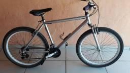 Bicicleta toda perfeita quadro de alumínio