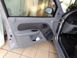 Clio Hatch 1.0 , 69 mil km