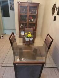 Mesa de vidro para 6 cadeiras